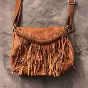 The Sak satchel.